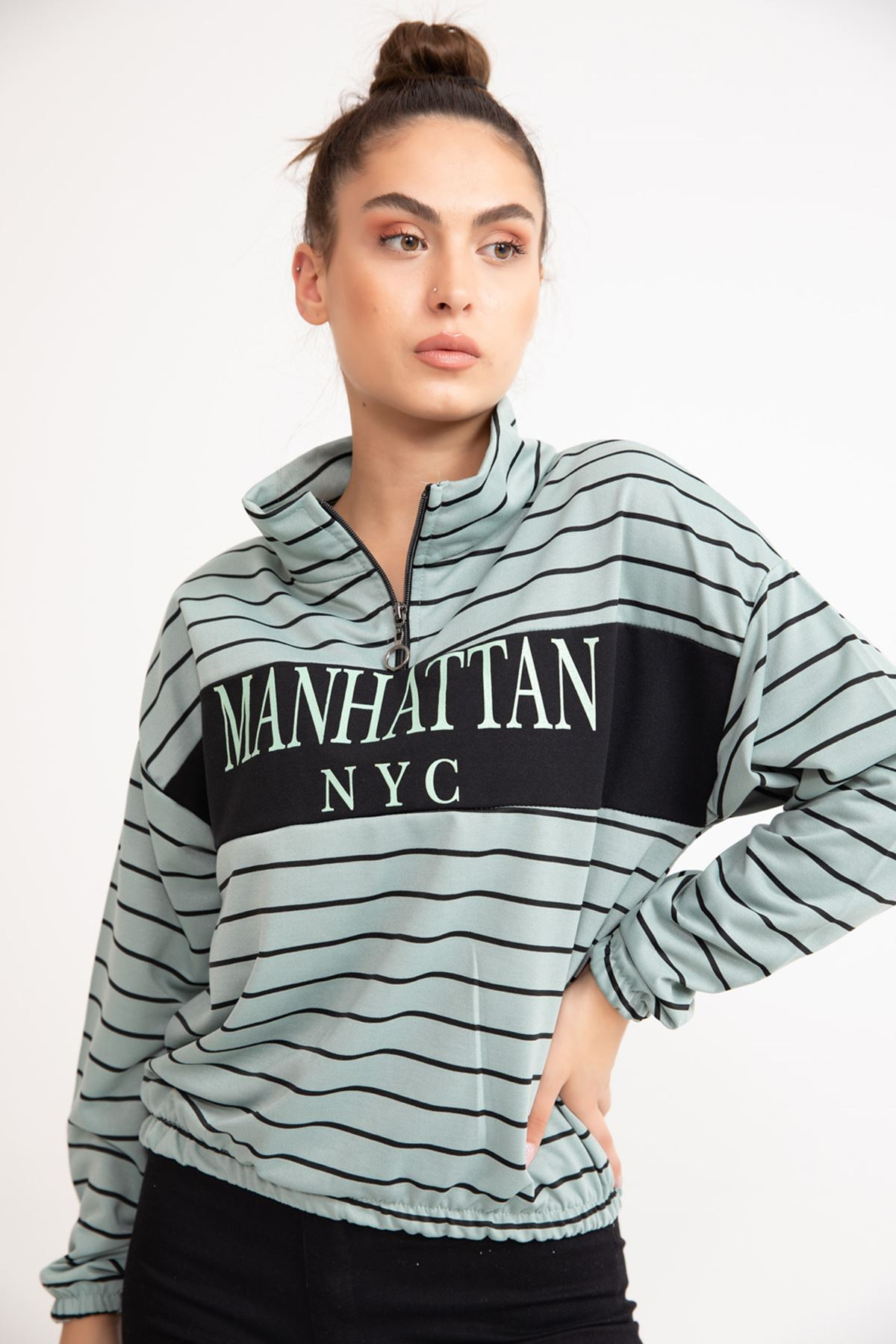 ONT-2115 YARIM FERMUARLI MANHATTAN BASKILI SWEAT-MİNT